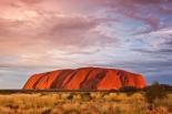 Uluru, la roca sagrada de los aborígenes. Yulara, Australia