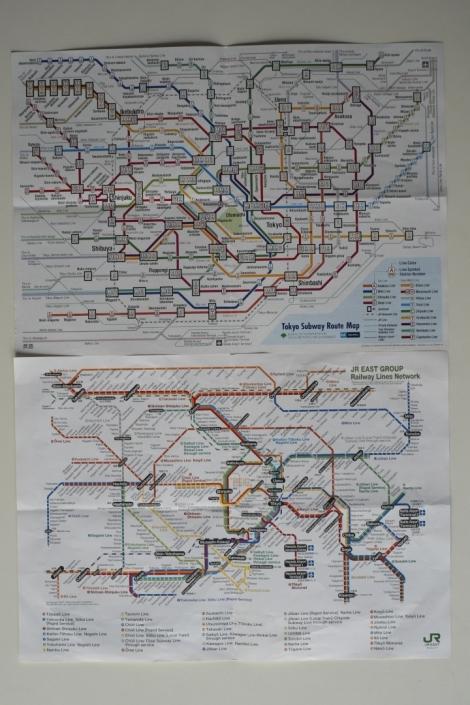 El plano de arriba son las líneas de la empresa Tokyo Metro y el de abajo, el de las líneas de JR de Tokyo y alrededores...