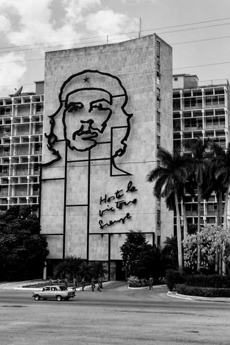 Hasta la victoria siempre, Cuba