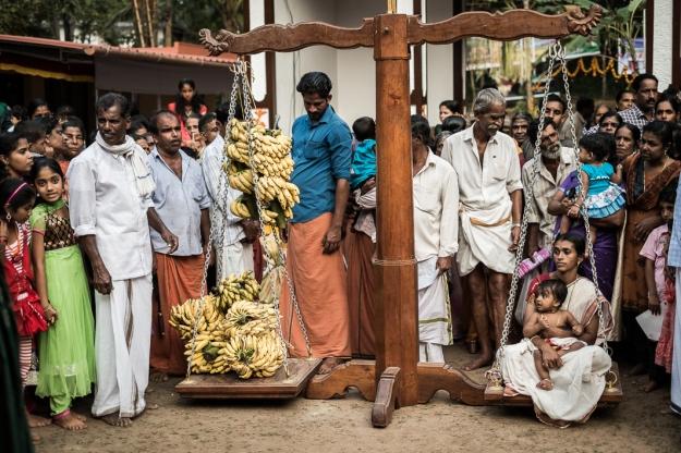 Báscula Theyyam
