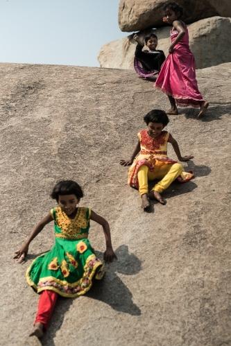 Niñas jugando, Hampi India