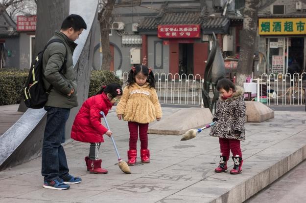 Jugando en las calles de Beijing
