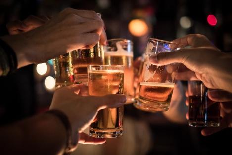 Cervezas en el Last Bar