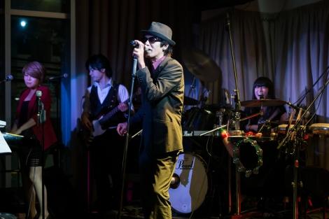 Música en directo en Naha, Okinawa, Japón