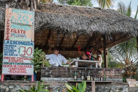 Restaurante en Puerto Angelito