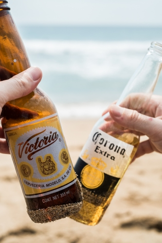 Cervezas en Zipolite