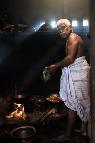 Cocina de un templo, Kandy, Sri Lanka