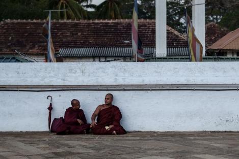 Monjes Anuradhapura