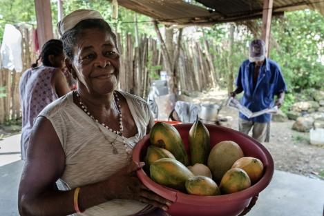 Vendedora en Palenque, Colombia
